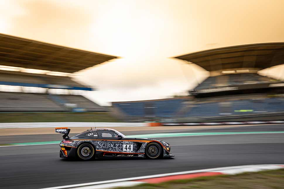 MercedesAMGCustomerRacing_PI_GTWCE_Nuerburgring_2020_11.jpg